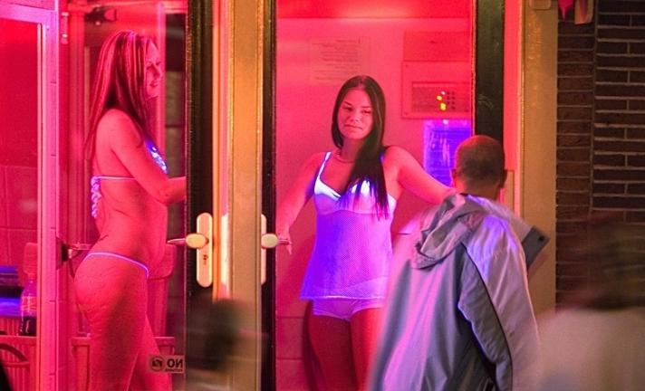 Оконные проститутки Амстердама